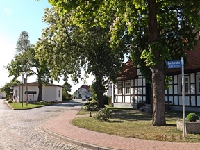 Ortsmitte in Grauingen
